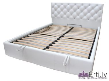 Coventry plus – Skaista eko-ādas gulta ar pogām un veļaskasti