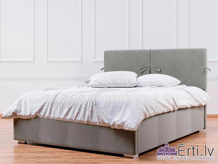 Gulta MARY – Eleganta gulta ar mīkstiem spilveniem un veļaskasti